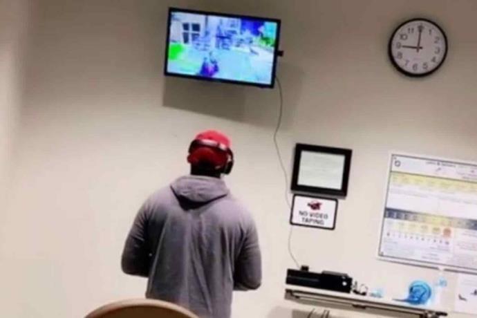 Fifas nivel: Se lleva su Xbox al hospital para jugar en lo que nacía su hijo