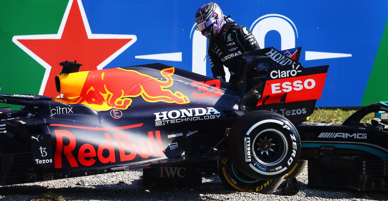 """Lewis Hamilton explota contra Max Verstappen: """"Le di espacio y de repente estaba sobre mí"""""""