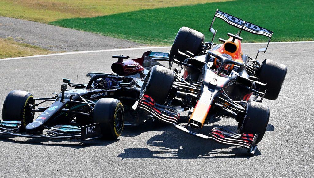 ¡Tsss! La sanción para Max Verstappen por el incidente con Hamilton en Monza