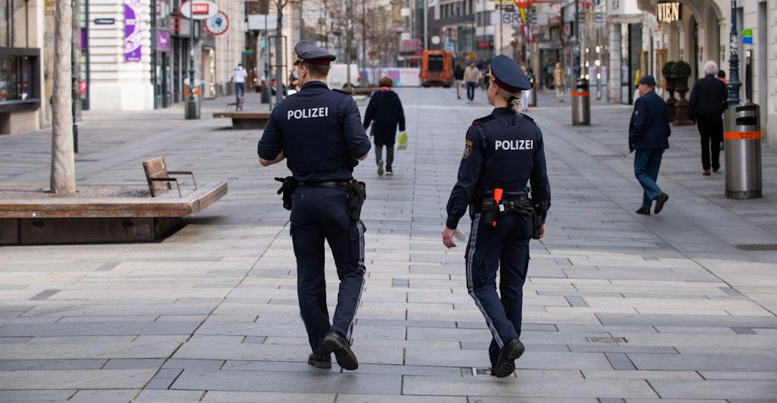 Mummy-Mother-Police-Austria
