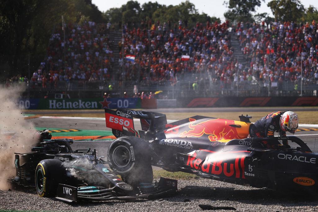 Max Verstappen vs Lewis Hamilton
