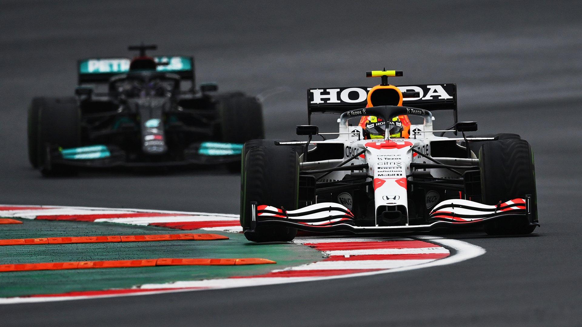 ¡Checo Pérez consiguió su tercer podio con Red Bull en el GP de Turquía!