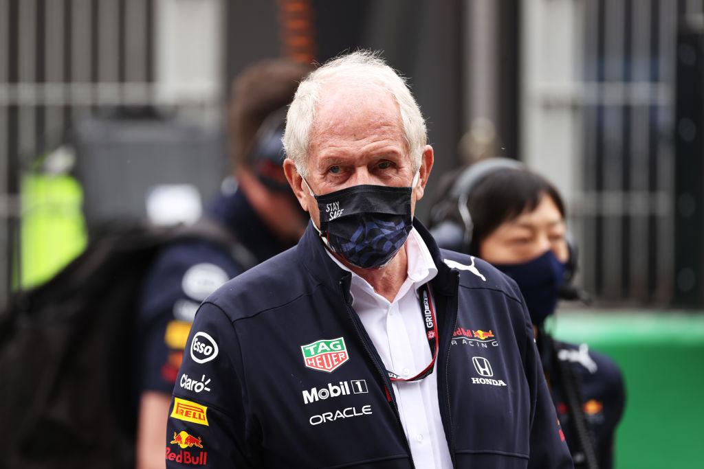 "Helmut Marko acusa a Hamilton por su maniobra sobre Checo Pérez en Turquía: ""Lo quería enviar a pit-lane"""