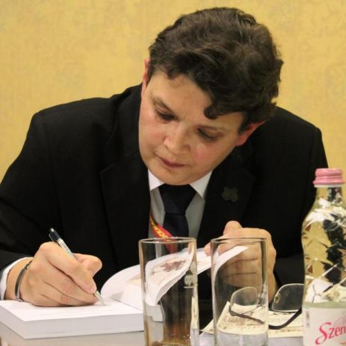 Dr. ifj. Sarkady Sándor könyvének bemutatója lesz a Ligneumban