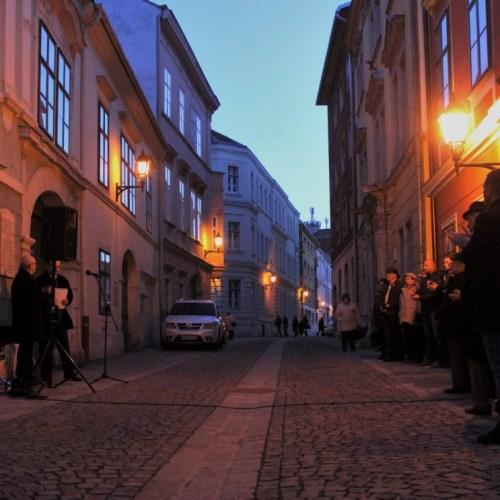 MSZP Sopron: Márciusi megemlékezést tartottak Kolbenheyer Mór emléktáblájánál