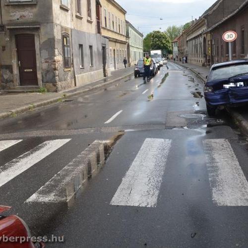 Három gyalogost ütött el a vétlen sofőr …