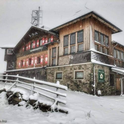 Ausztriában több helyen havazott!