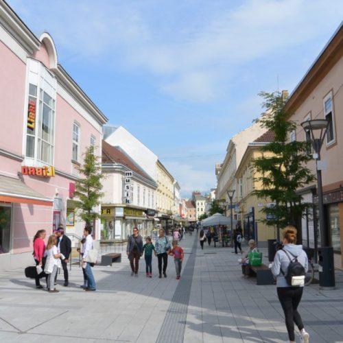 Megújult belváros várja a vásárlókat