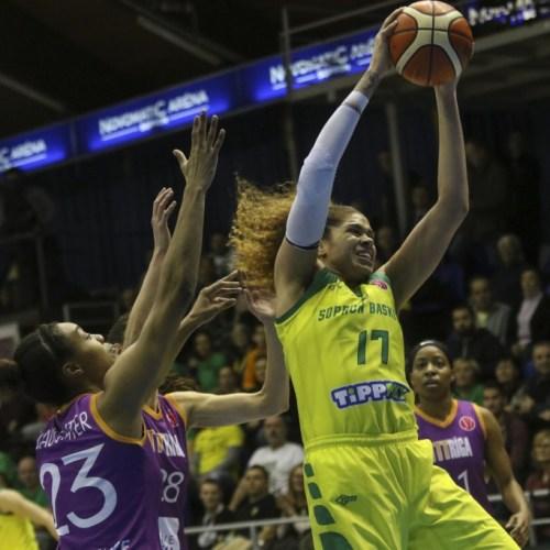 Még az edzőt is kiállították, de nyert a Sopron Basket