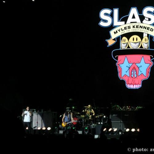 Slash ismét elkápráztatta Sopronban a rajongókat! ( exkluzív koncert fotók )