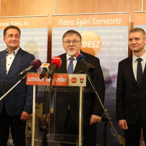 Továbbra is FIDESZ-KDNP-s polgármestere van Győrnek
