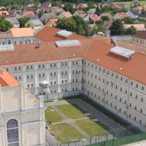 Öngyilkos lett egy fogvatartott Sopronkőhidán