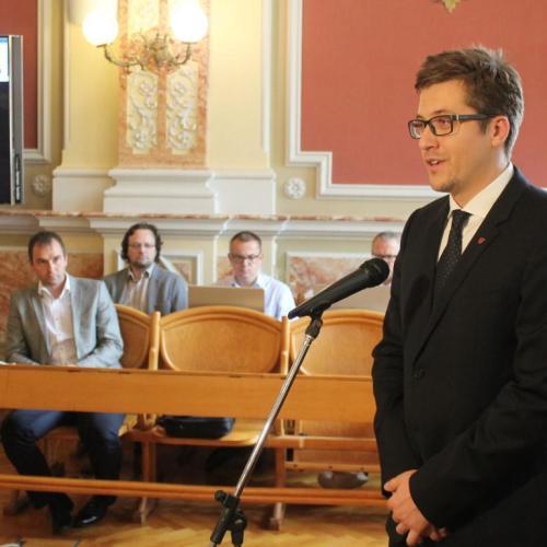 Saját tiszteletdíjából adományoz a soproni önkormányzati képviselő