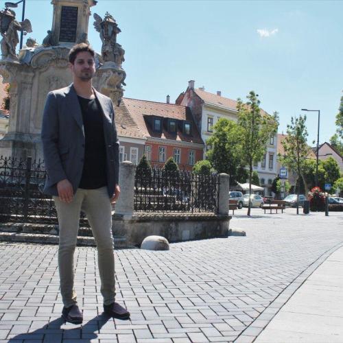 Ungár Péter Sopronban: A szociális dolgozók is kapják meg a bérkiegészítést!