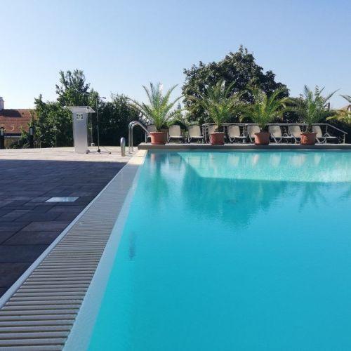 Hotel Sopron: Új kültéri medence, konferenciaterem és lakosztály