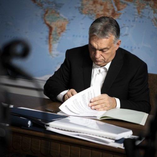 Koronavírus – Orbán: előjegyzésbe vetethetik magukat, akik kérnek majd oltást