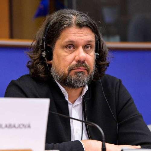 Bajban van Brüsszelben a Fidesz: Deutsch Tamás jogait felfüggesztette a Néppárt