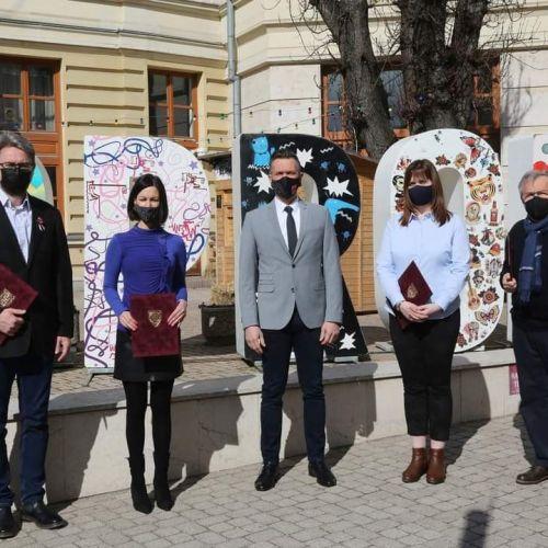 Nézzük kik kaptak 2021-ben a magyar sajtó napján elismerést Sopronban