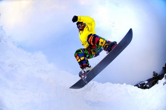 Skiing and snowboarding on Mt.Fuji
