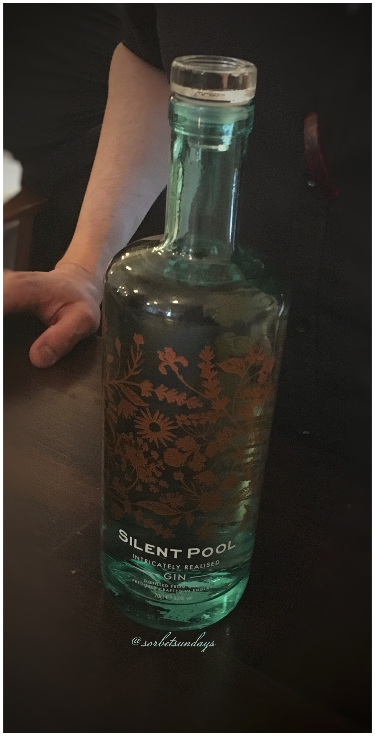 Girl about london town rivington shoreditch bar and grill - Silent pool gin ...