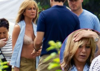 jennifer-aniston-bra-ring-miller