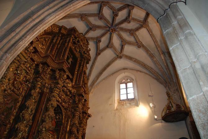 Iglesia de San Cipriano y Santa Justina