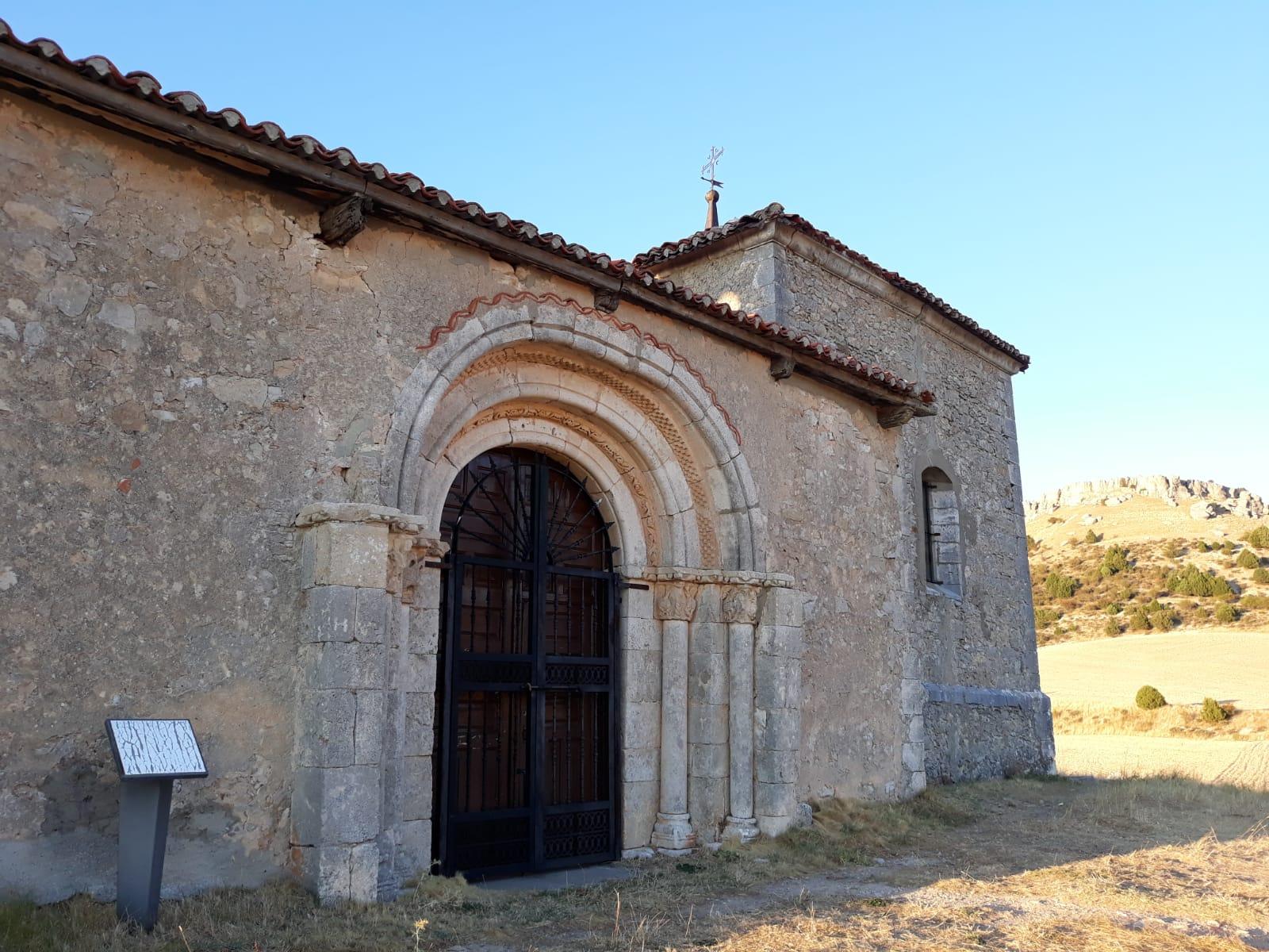 Románico de Santa María de las Hoyas