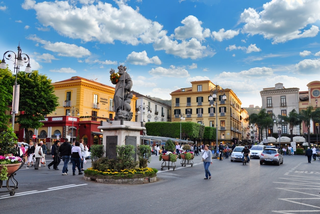 Piazza Tasso - Sorrento Host
