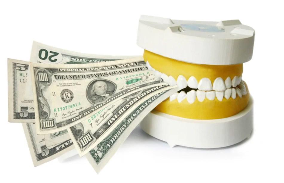 quanta custa um implante dentário