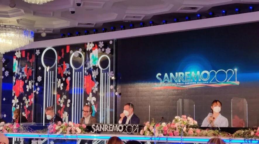 La prima conferenza stampa di Sanremo 2021 | TV Sorrisi e Canzoni