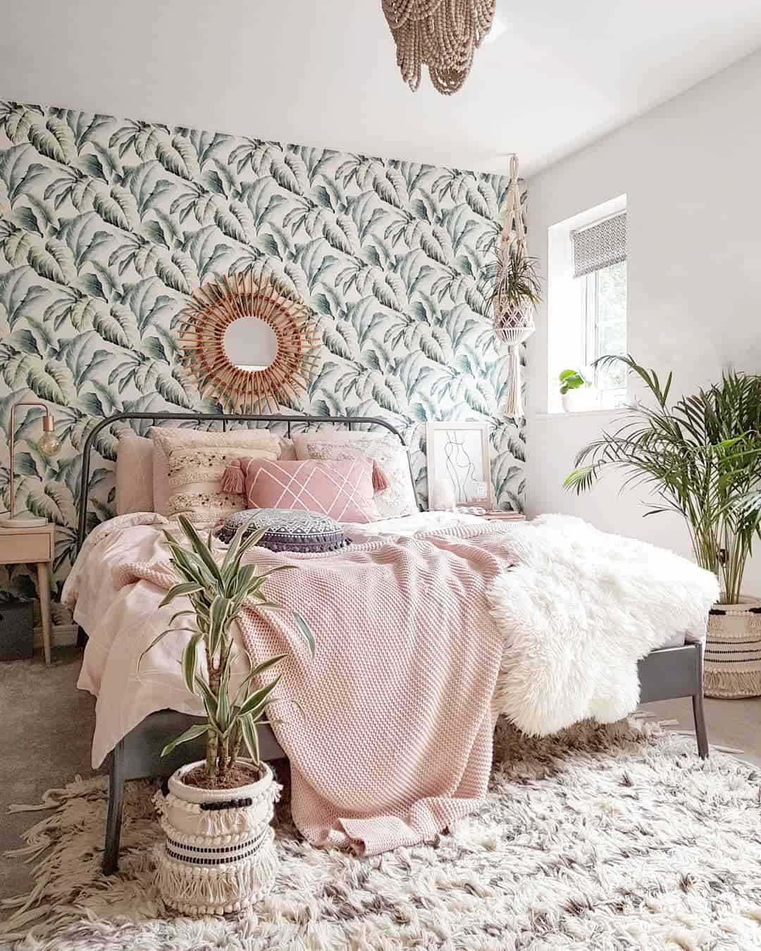 22 Dreamy Boho Bedroom Design Ideas on Boho Bedroom Decor  id=63481