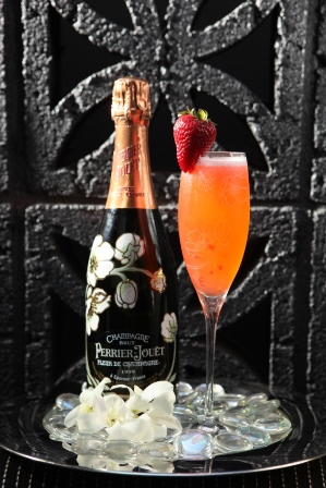 NYE_cocktails_Perrier Jouet Fraise Sauvage