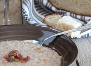 Zuppa di Grano Saraceno con Pane Integrale