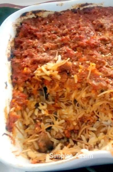 arroz com carne moída , macarrão aletria e berinjela