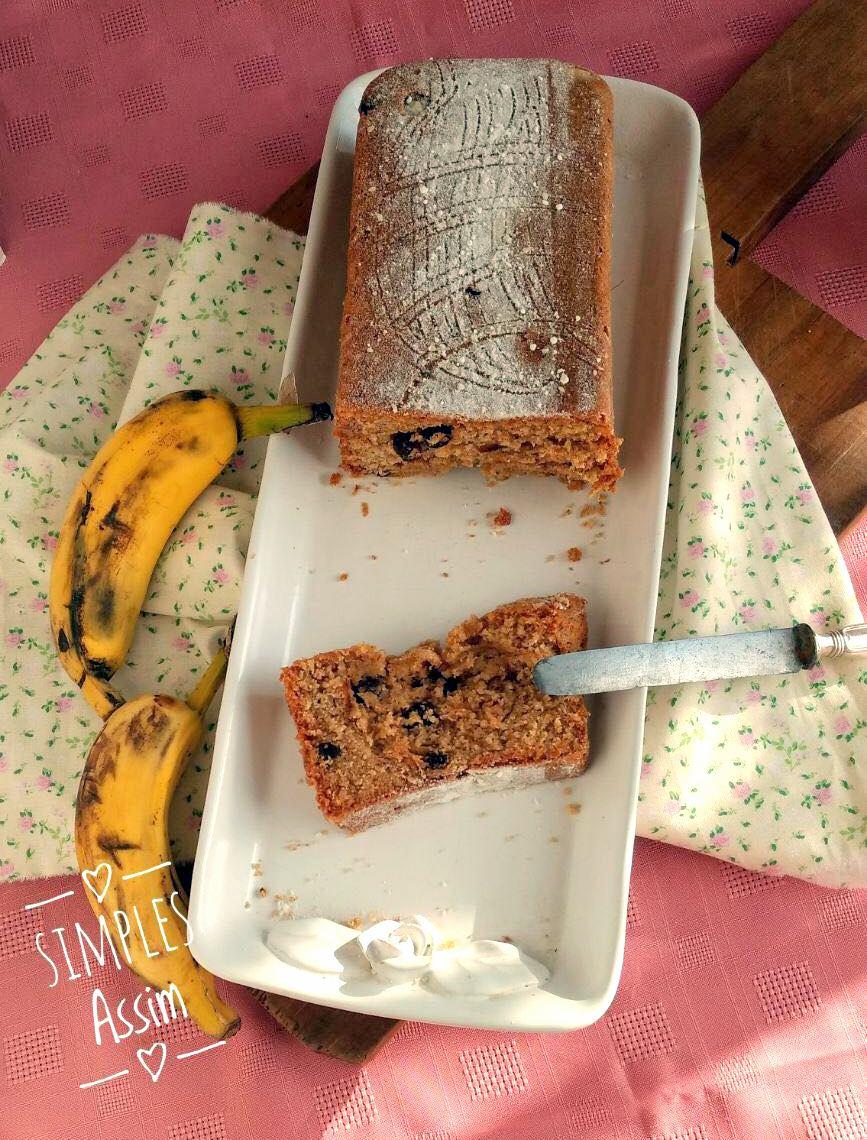 bolo de banana com passas e rum