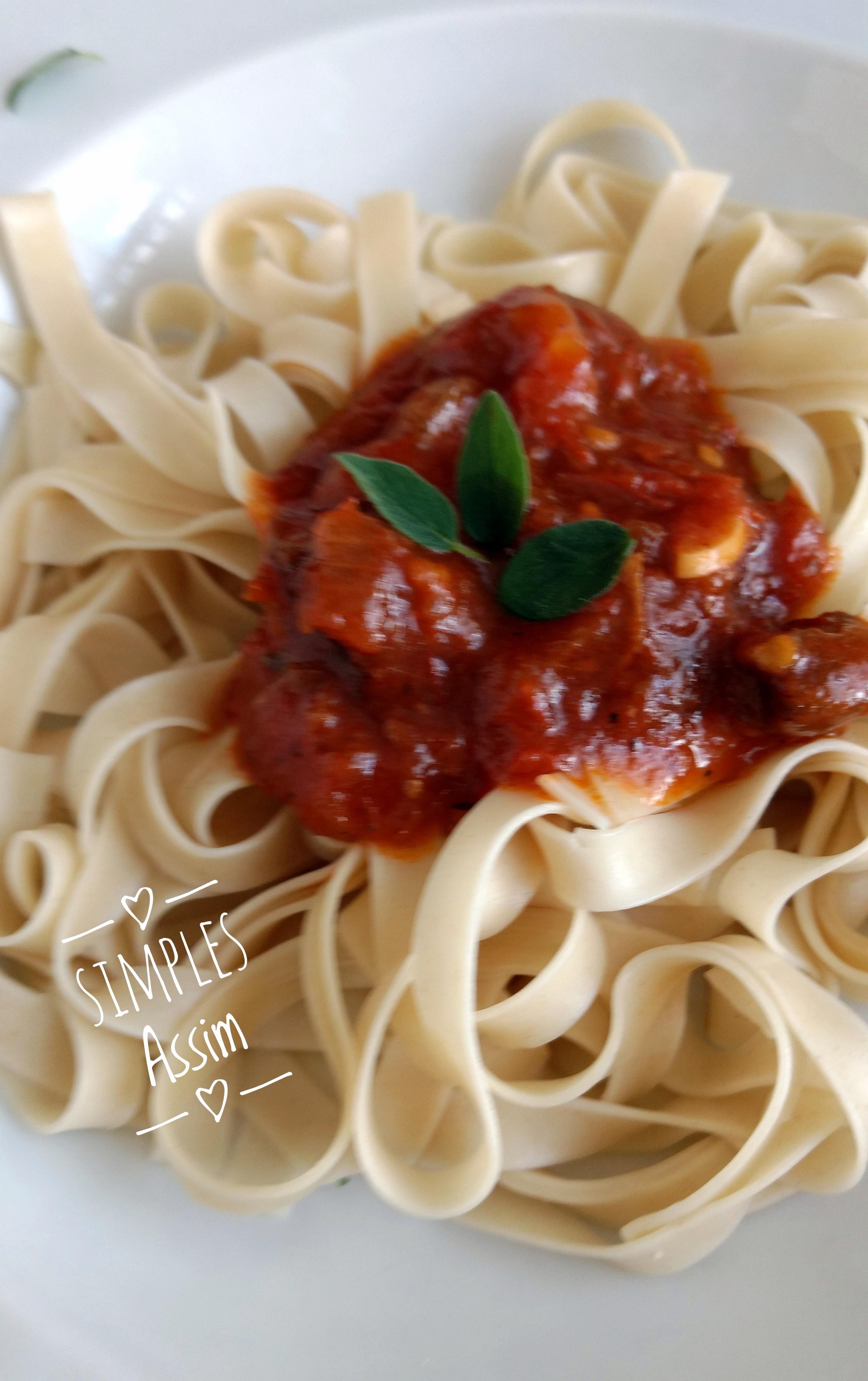 spaghetti ao sugo jpg