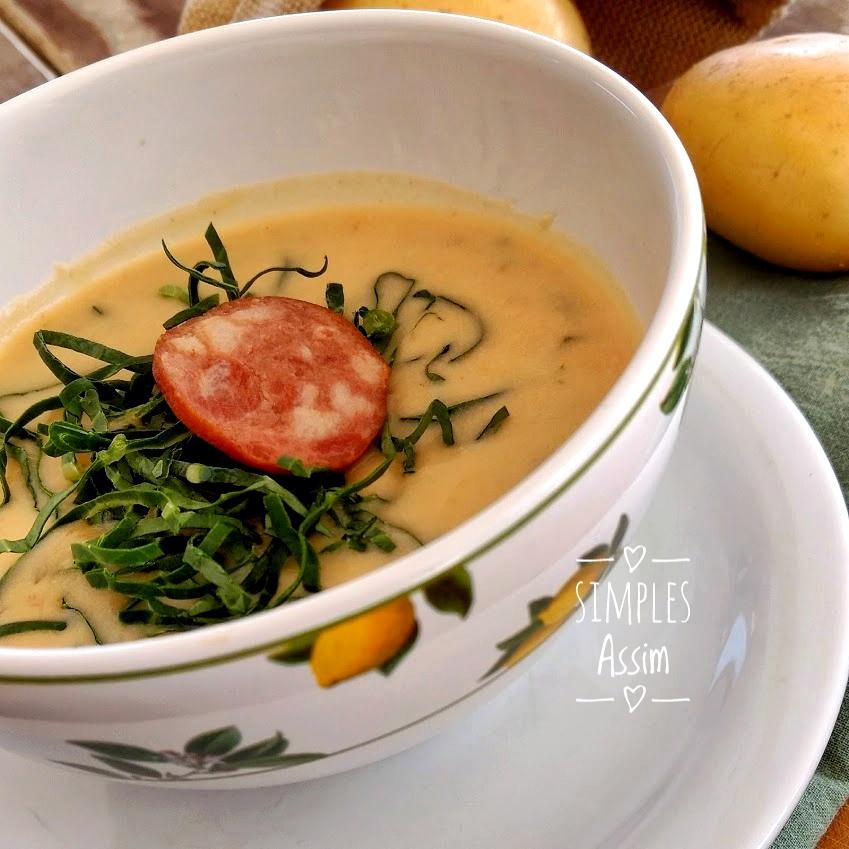 Sopa cremosa de batata e bacon