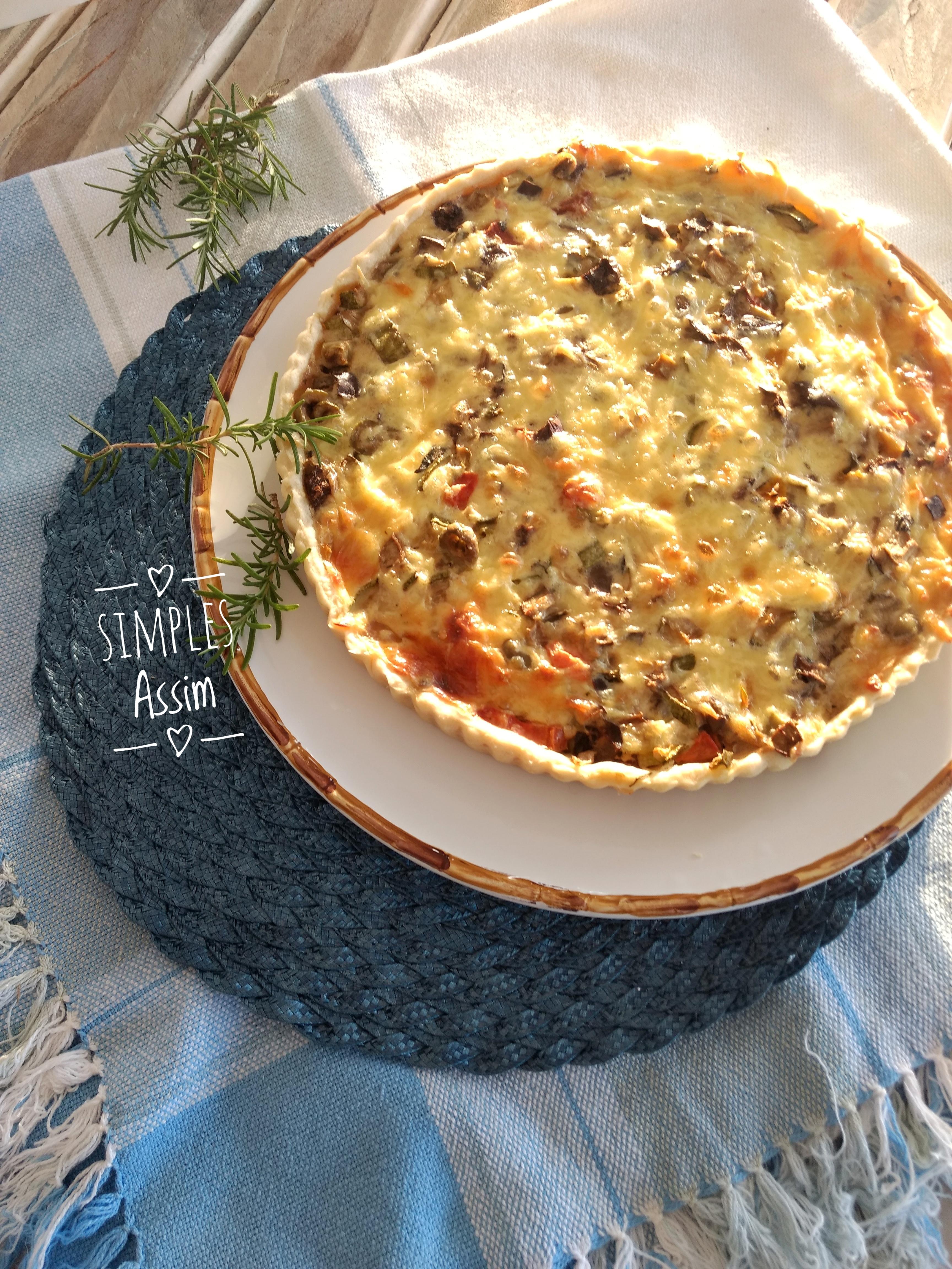 Essa Quiche de berinjela, tomate e abobrinha é saudável e muito gostosa