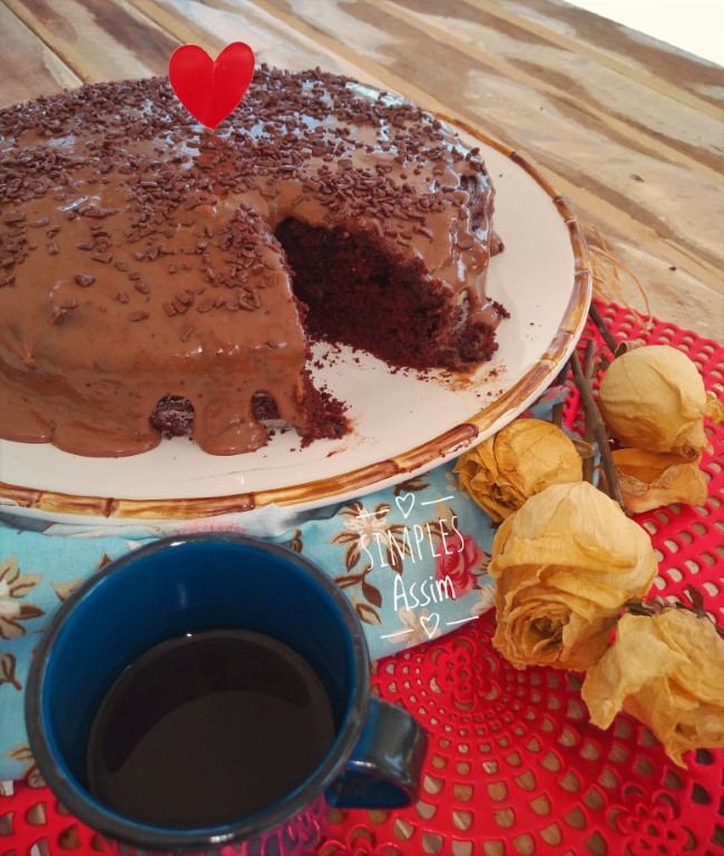 Esse Bolo de chocolate lowcarb é fácil de fazer e fica muito gostoso.