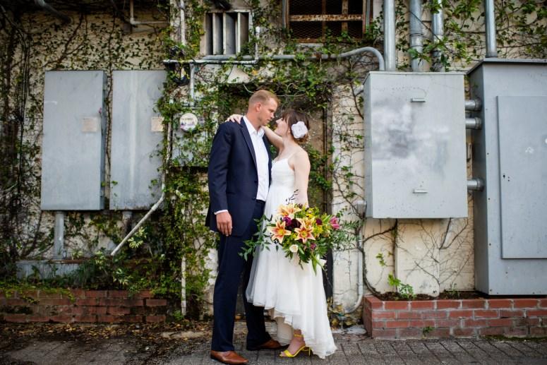 stylish bride and groom spring wedding