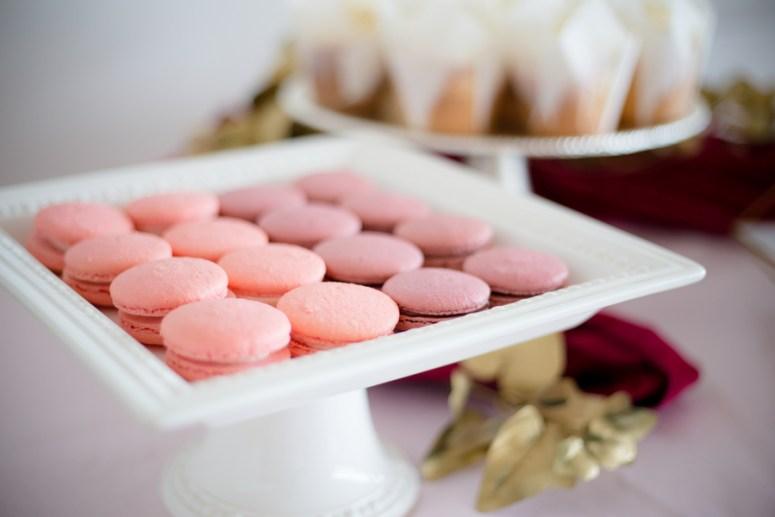 pink macaroons, macaroons at wedding, pink macaroons at wedding, pink dessert station at wedding