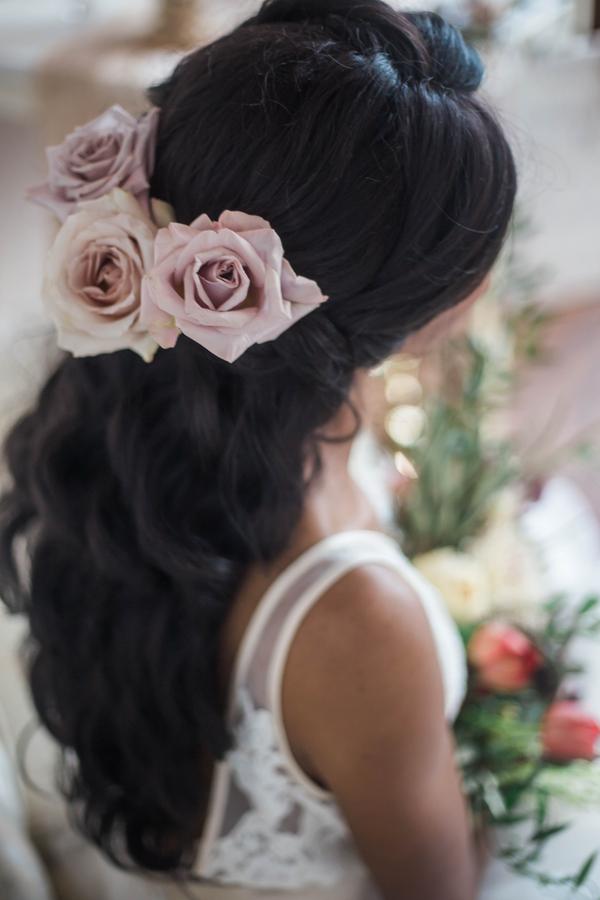 Bridal Hair do Half up, flower hair wedding, flower hairstyle