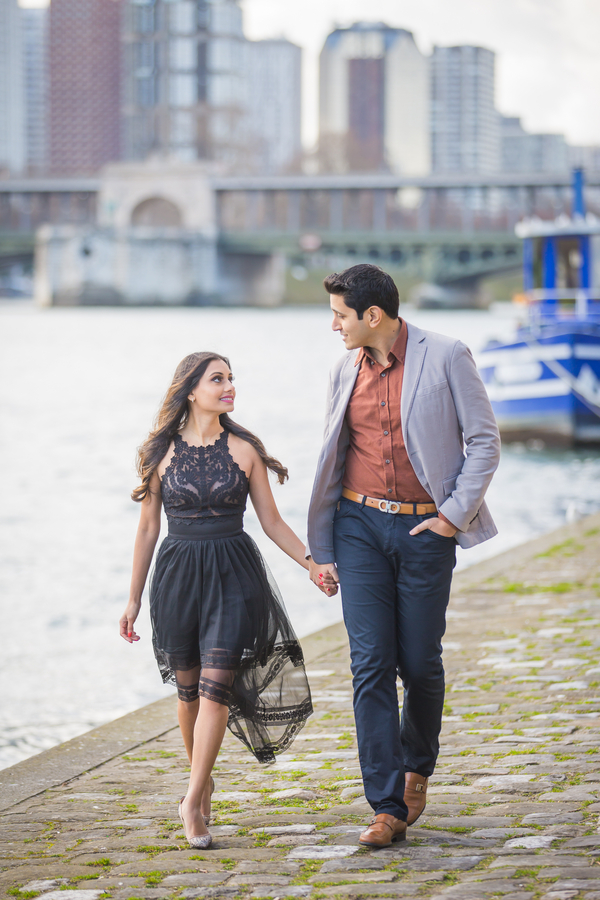 Paris wedding photographer, engagement photos in paris, outdoor engagement photo ideas, walking on the streets of paris