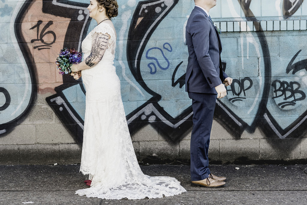 Downtown Pittsburgh wedding photo ideas