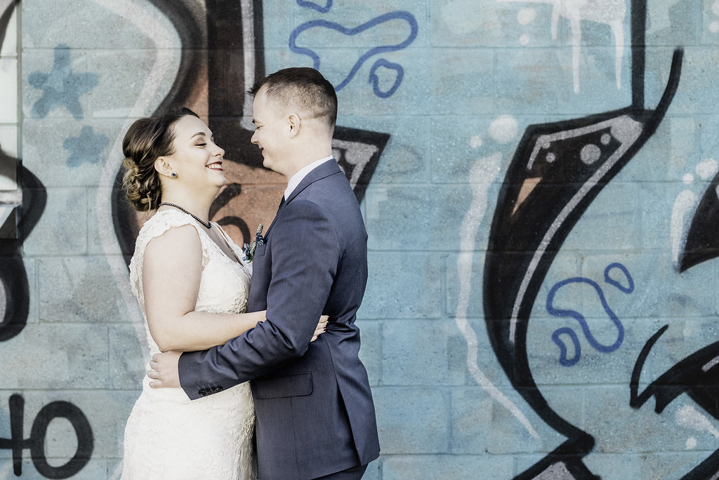 Bride and groom photoshoot graffiti, Pittsburgh