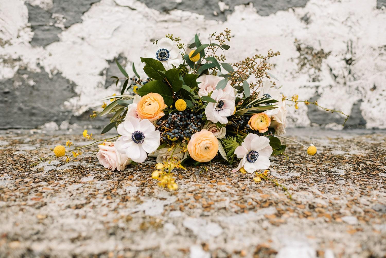 Loflin Yard Wedding, Memphis Wedding, Rock and Roll Bride, Modern Wedding, yellow and white bridal bouquet