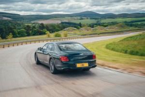 4 Bentley Flying Spur Hybrid