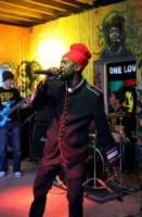 Rassie Ai performing