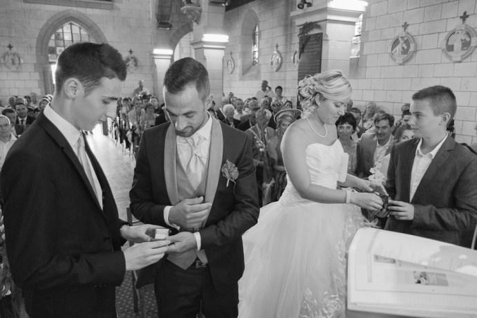 mariage-le-clos-de-mutigny-chaussee-sur-marne-51-champagne-eglise--alliances-photographe-soulbliss