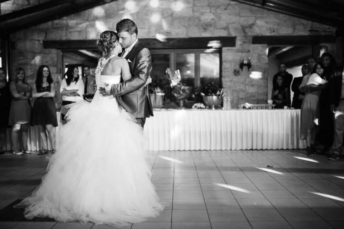 mariage-moulin-de-letang-l-etang-linas-essonne-91-soiree-danse-couple-photographe-soulbliss